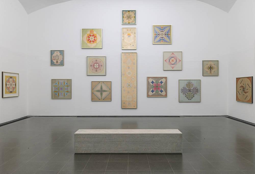 Serpentine Gallery Emma Kunz 1