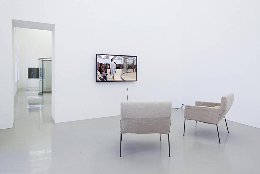 Galerie Meyer Kainer Dan Graham 1