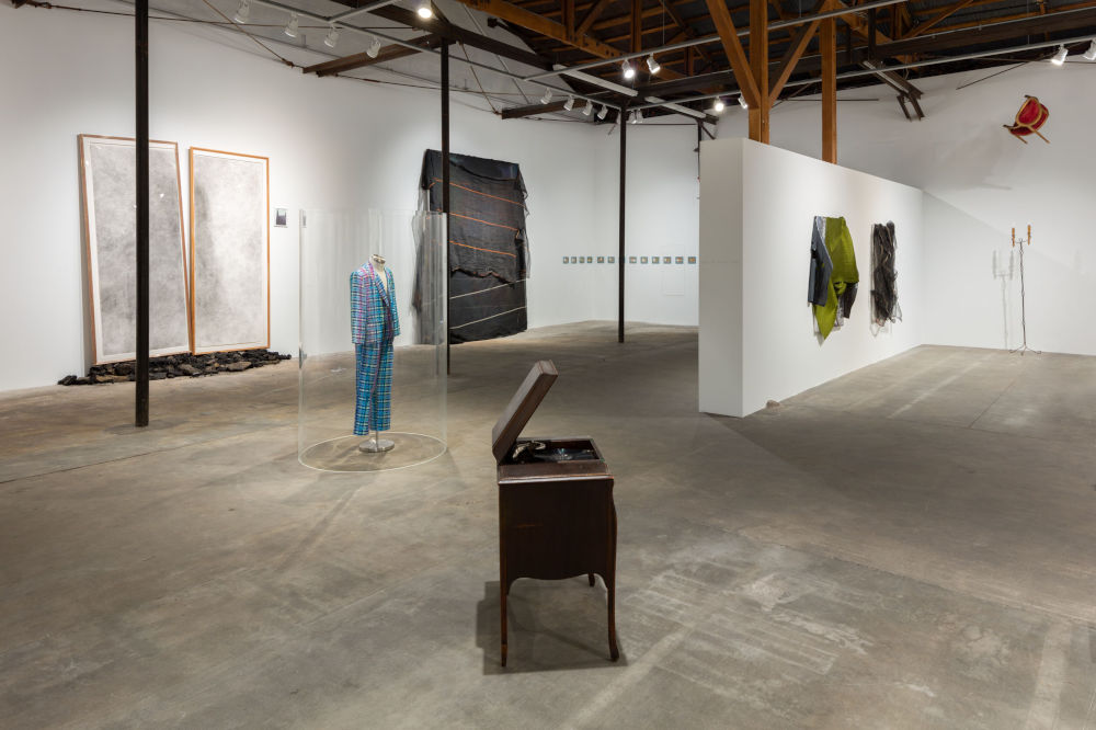 Hauser Wirth Los Angeles David Hammons 4