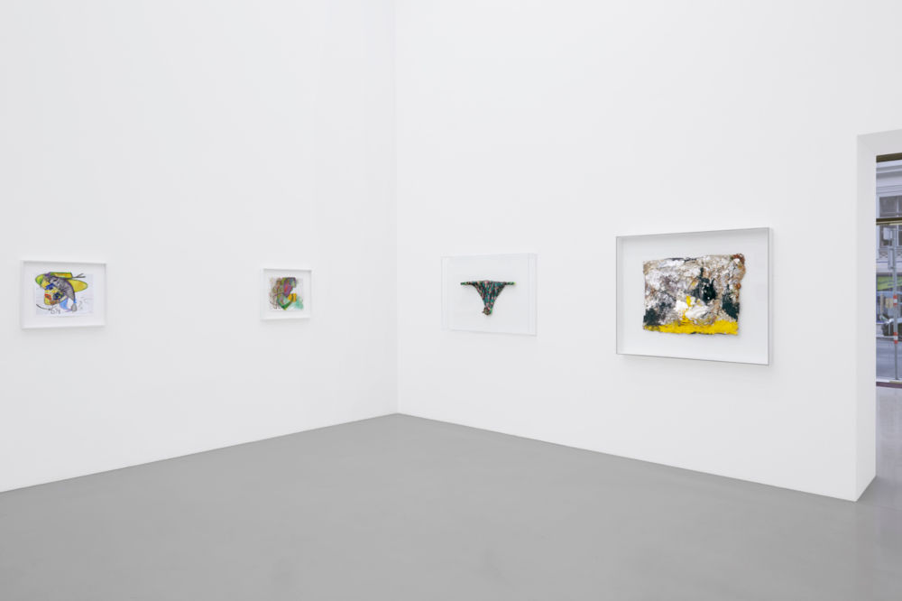 Galerie Meyer Kainer Color Hole and Joke 8
