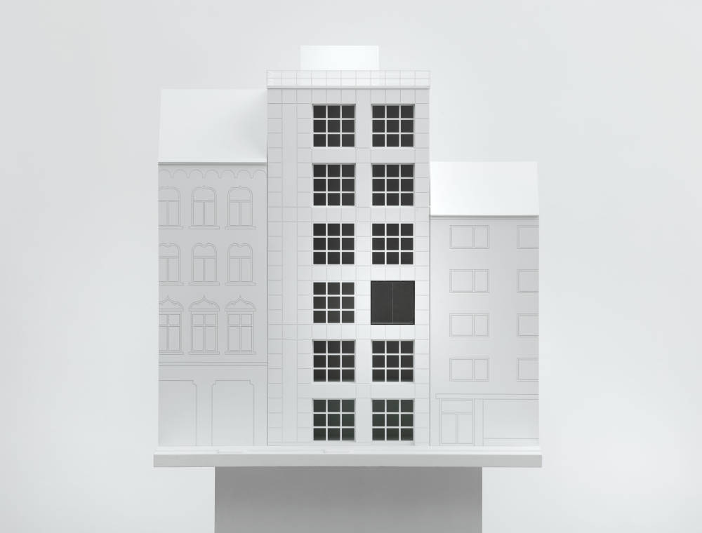 Fenster, Venloer Straße, 1988. Project for the façade of Galerie Buchholz, Venloer Str. 21, Cologne, realized/not installed