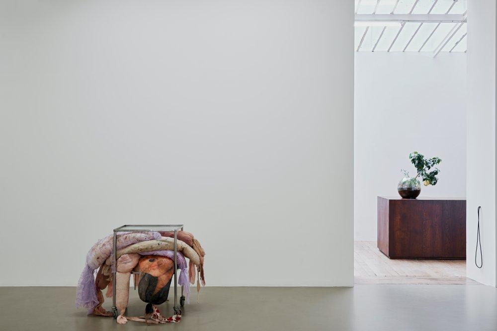 Galerie Chantal Crousel DEMAIN EST LA QUESTION 7