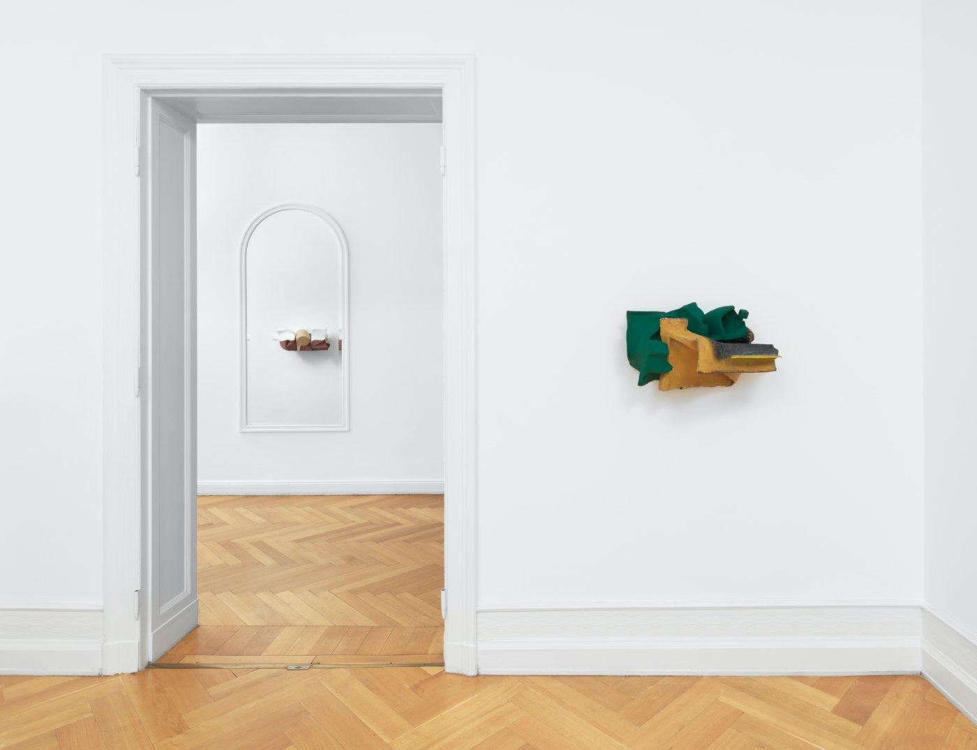 Galerie Buchholz Berlin Vincent Fecteau 3