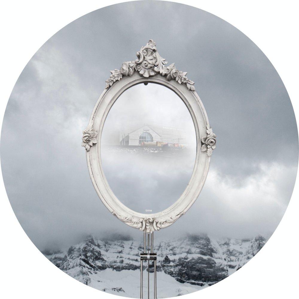 A Mirror into Time
