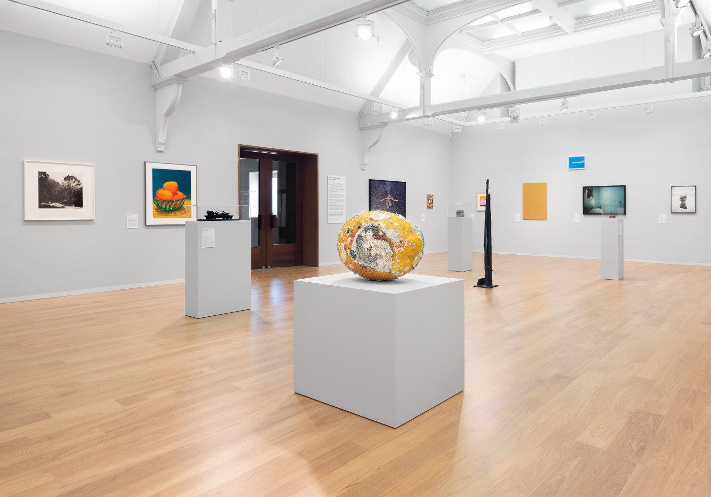 Whitechapel Gallery Gary Hume Hiscox 4