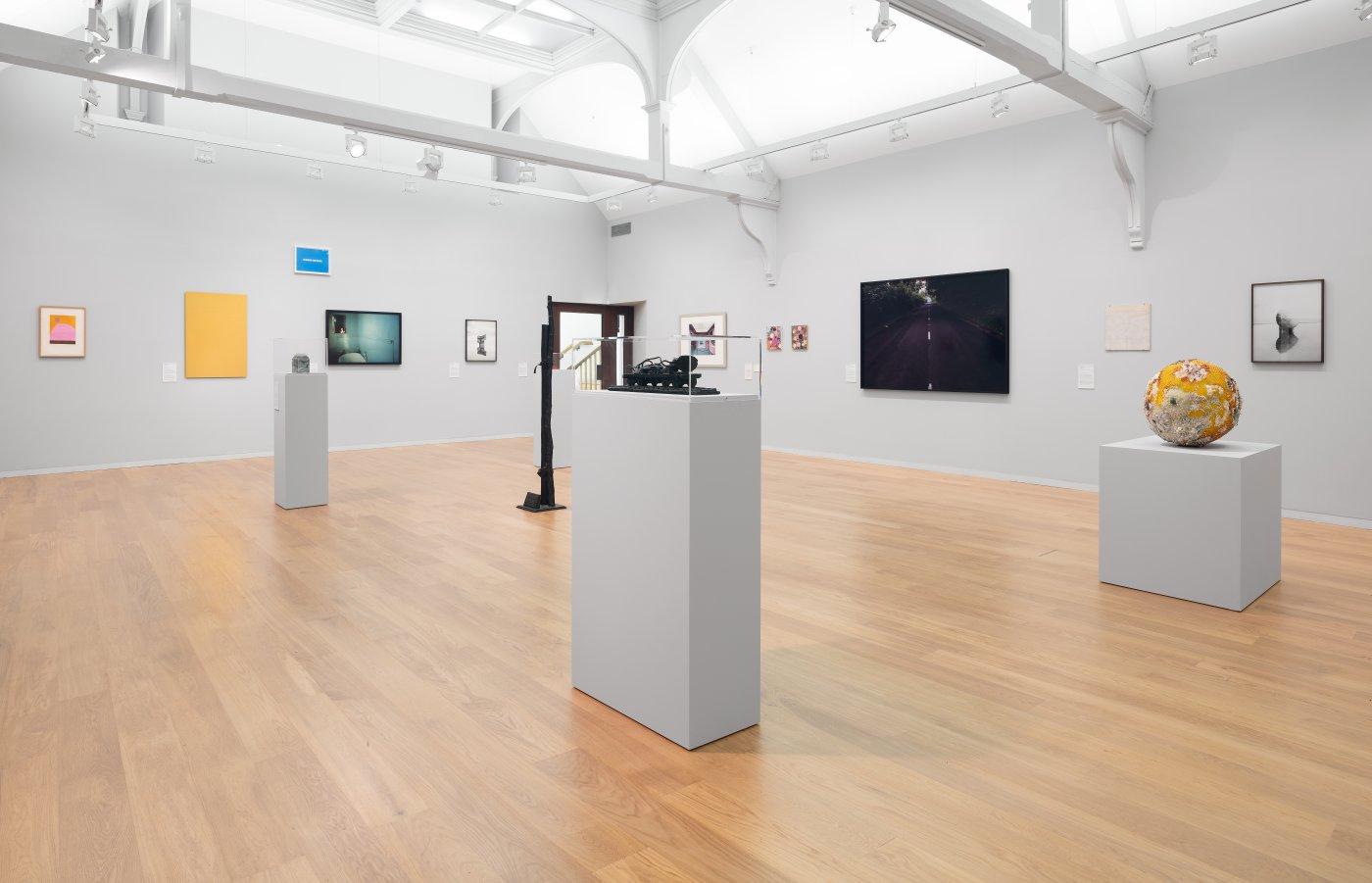 Whitechapel Gallery Gary Hume Hiscox 5