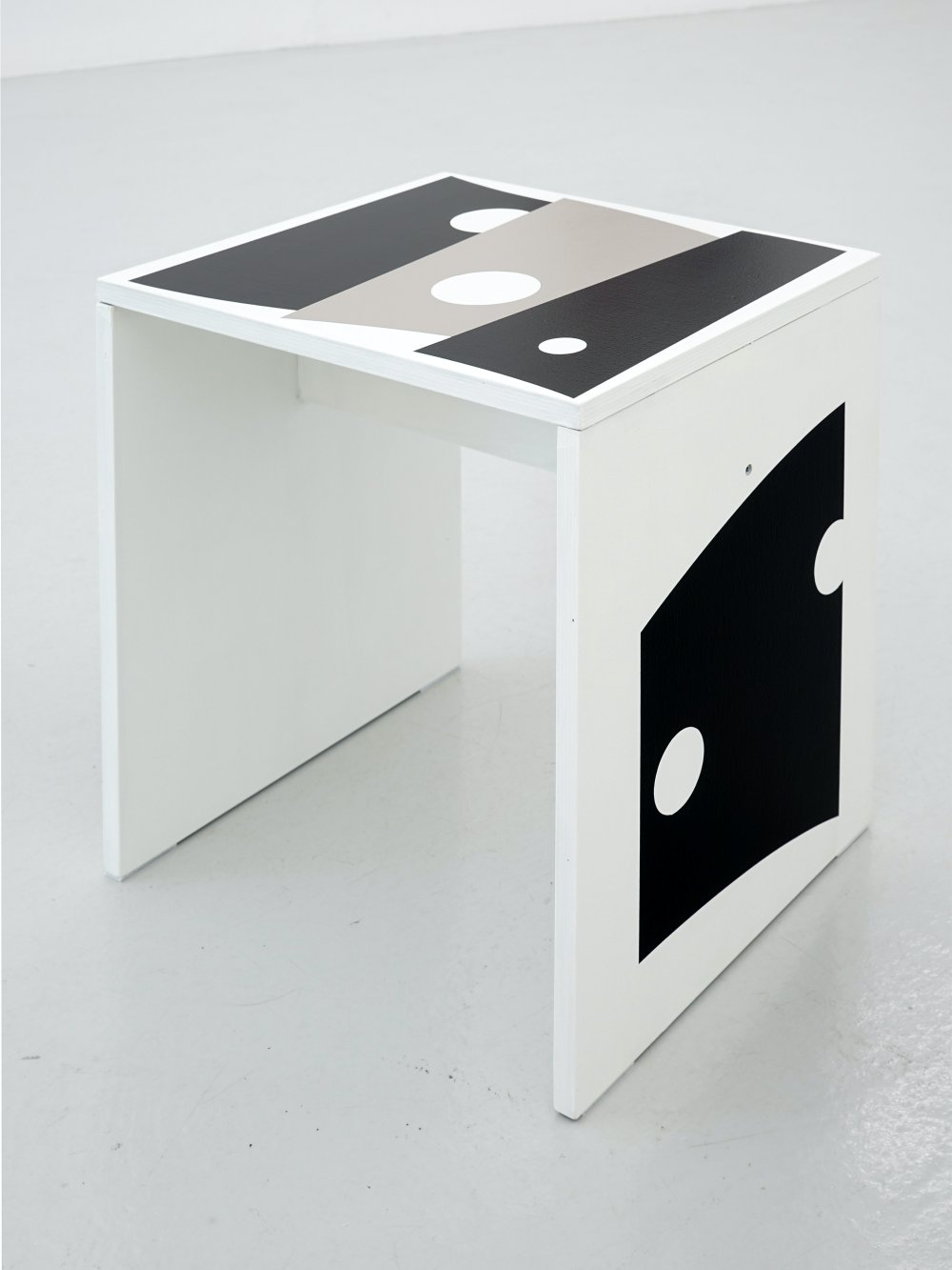 Stool/Object