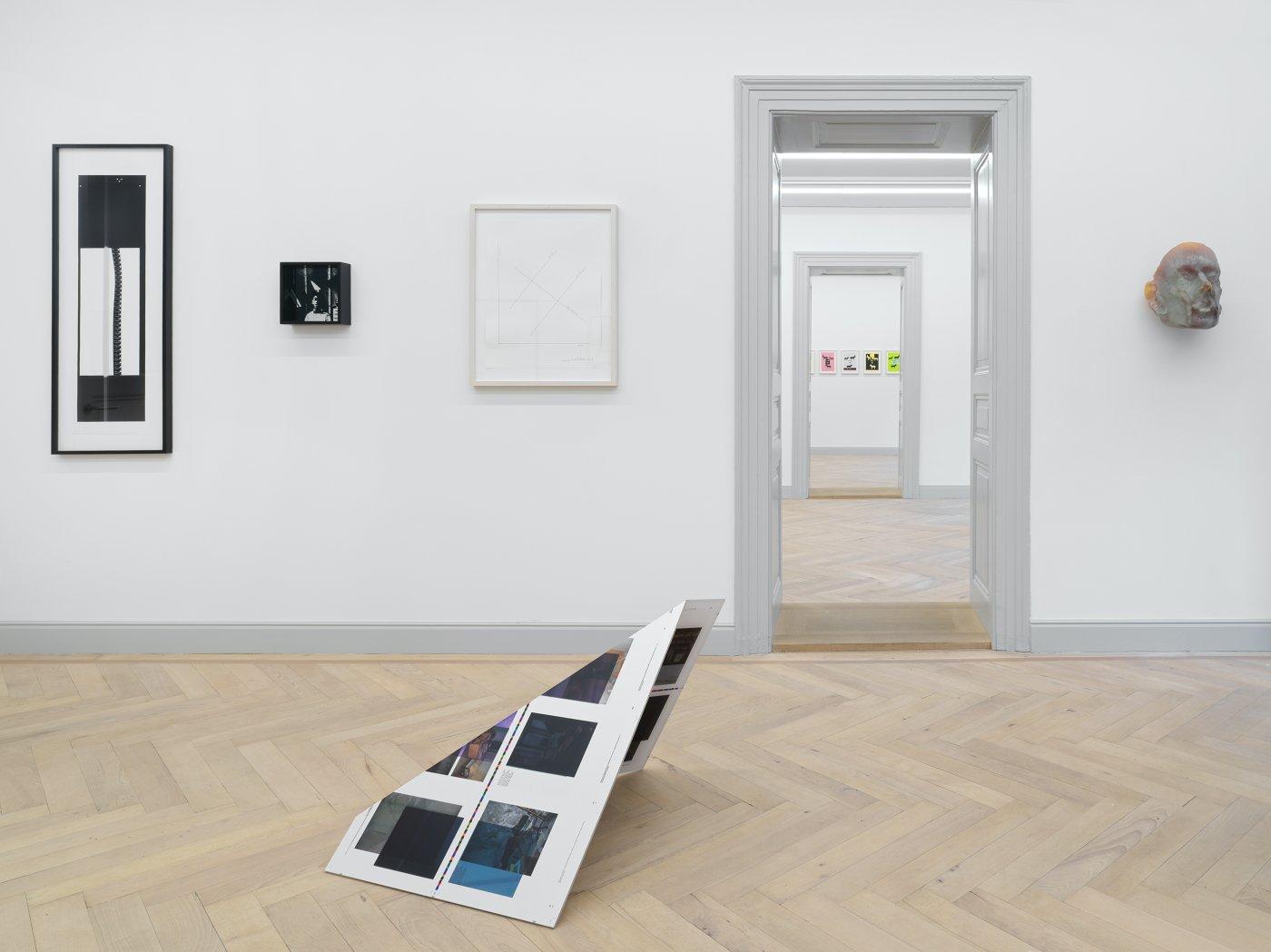 Galerie Eva Presenhuber All in One 10