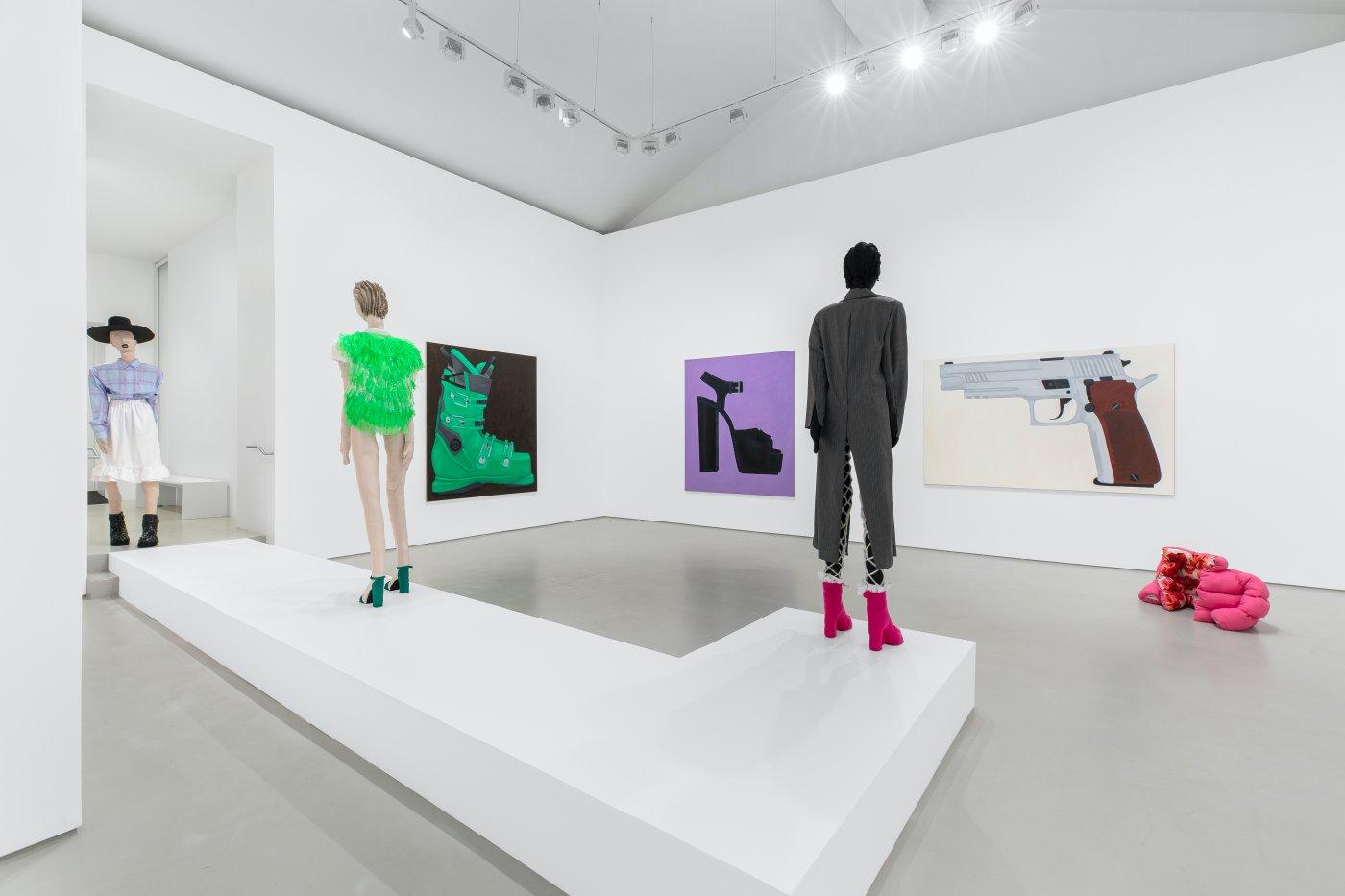 Galerie Max Hetzler Paris Raphaela Simon 5