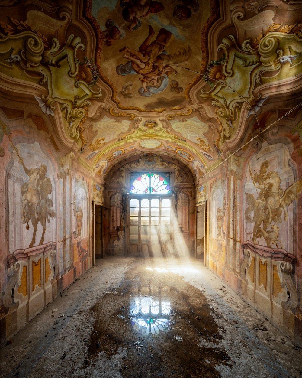 Reverie - Italy