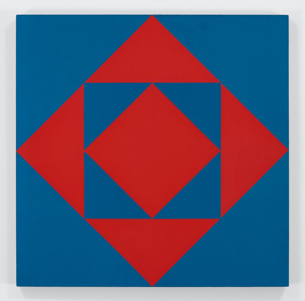 Carrés et triangles rouges et bleus (Red and Blue Squares and Triangles)