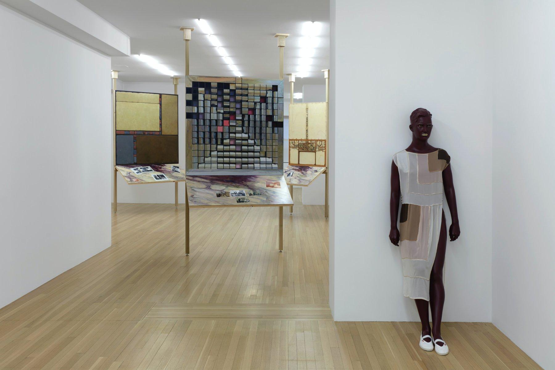 Galerie Buchholz New York Lucy McKenzie 1