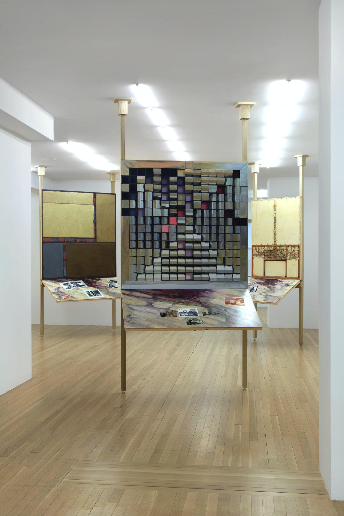 Galerie Buchholz New York Lucy McKenzie 3