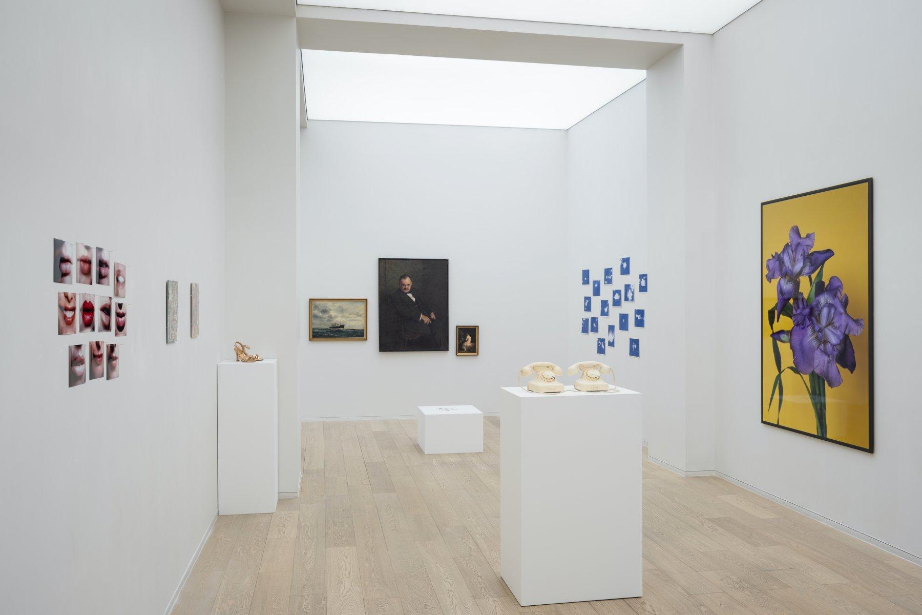 Simon Lee Gallery Hong Kong Hans-Peter Feldmann 1