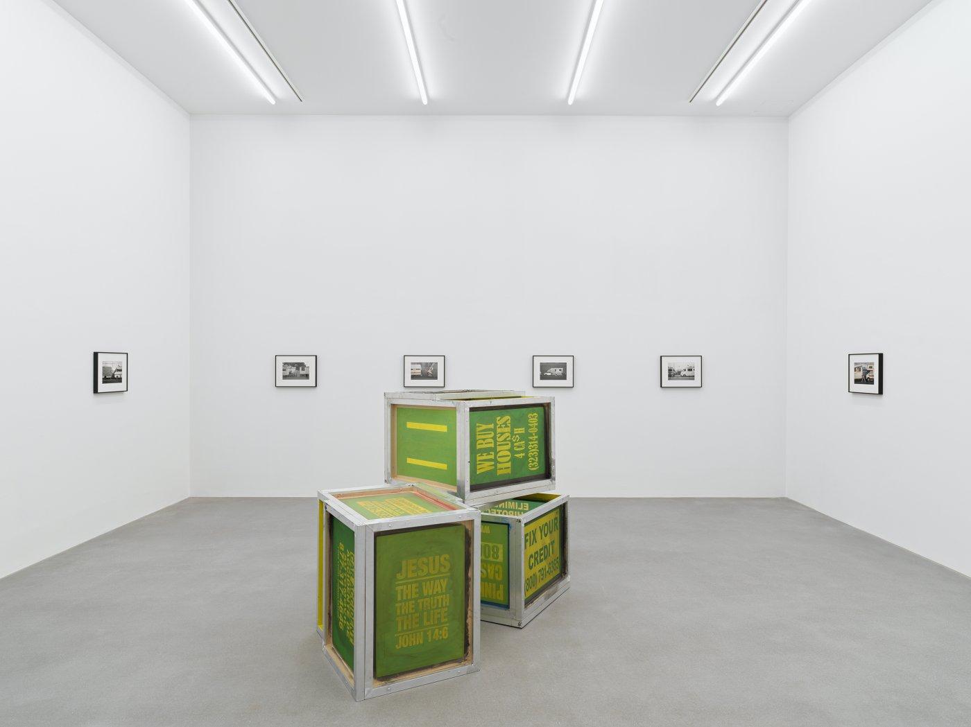 Galerie Eva Presenhuber Waldmanstrasse Walead Beshty 8