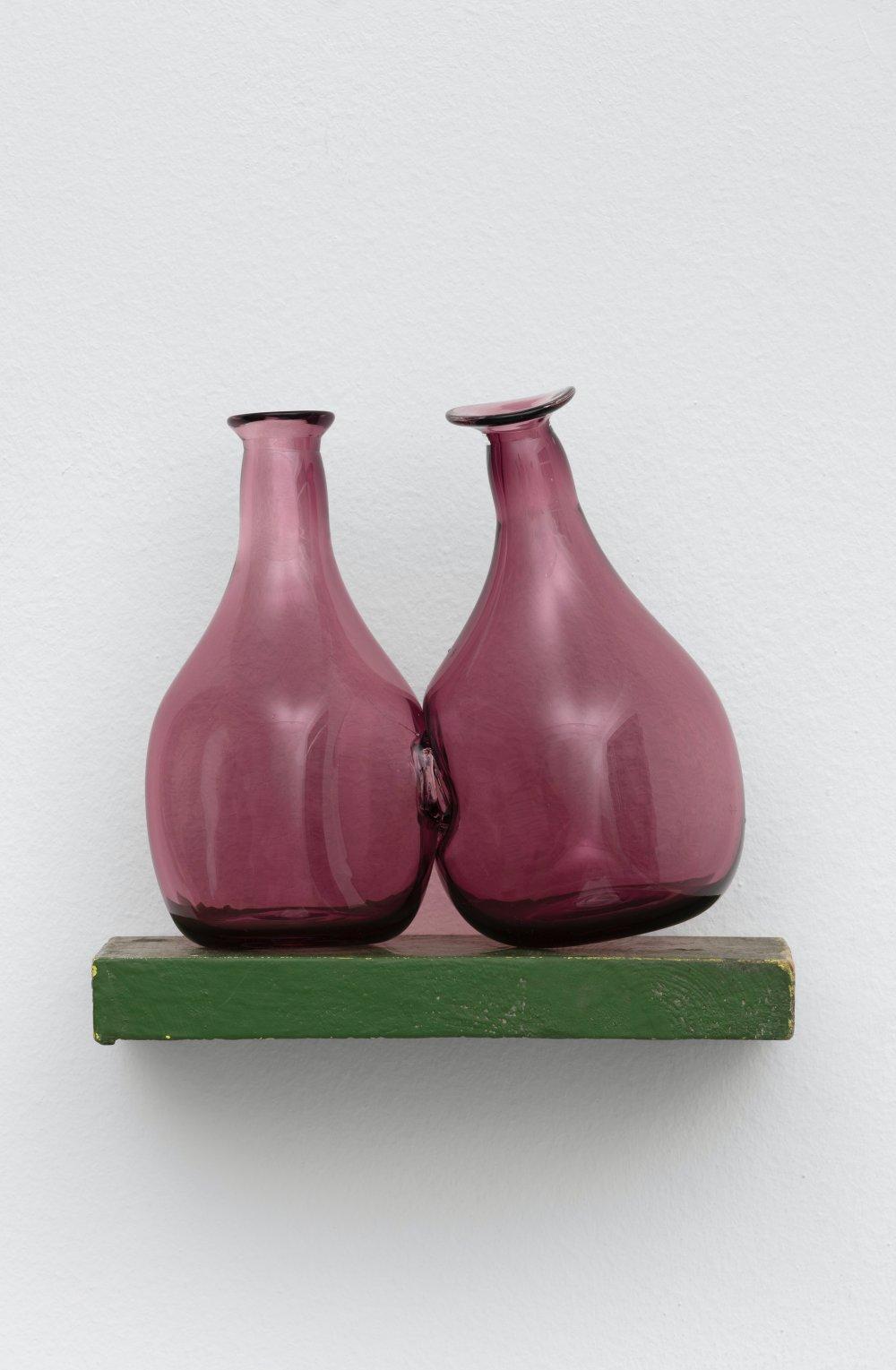 Kissing Vessels