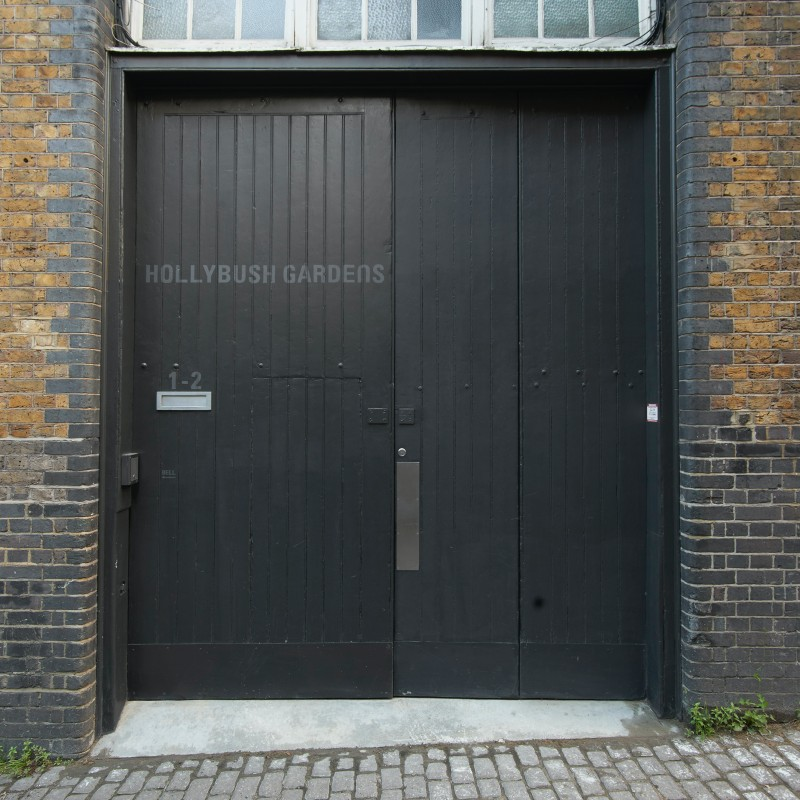 Claire Hooper @Hollybush Gardens, London  - GalleriesNow.net