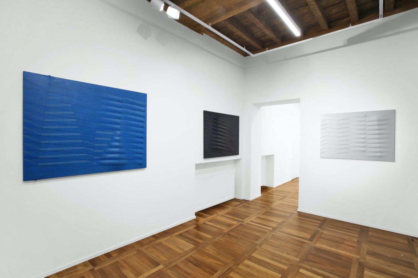 Cortesi Gallery Milan Agostino Bonalumi 4