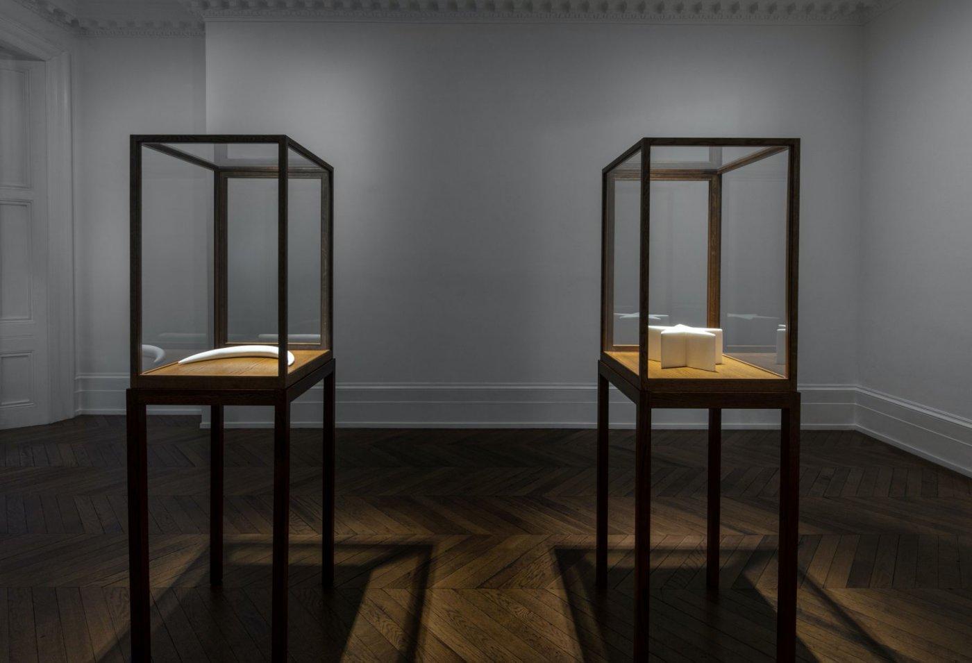 Michael Werner Gallery London James Lee Byars 2