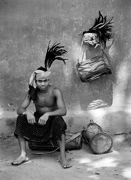 Dancer. Near Village Bade Donger, Bastar, India