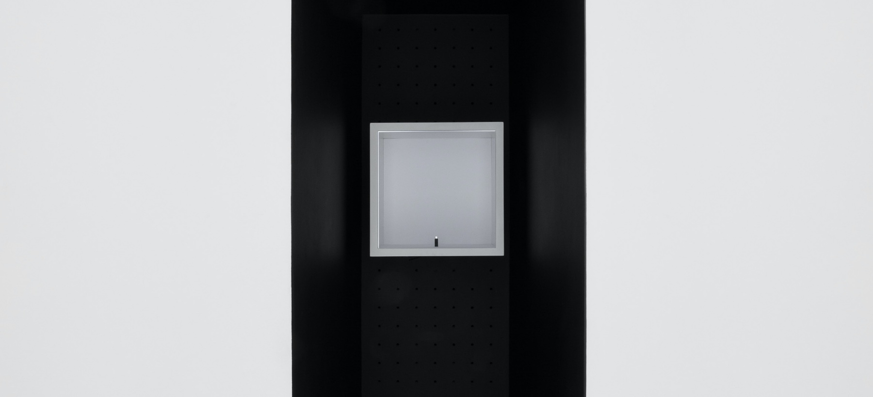 Abosch_The Box_PH1057_2021_installation view 3_300dpi