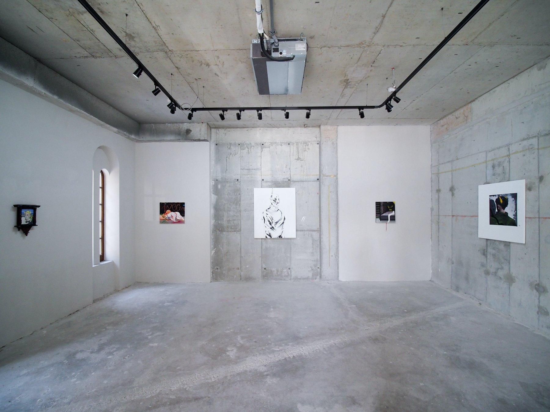 Mobius Gallery Mathias Bar 1