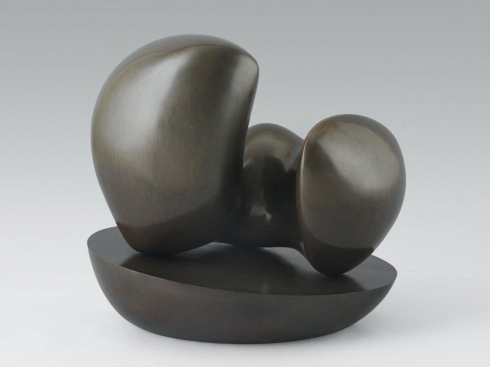Menschliche Konkretion auf ovaler Schale (Human Concretion on Oval Bowl)