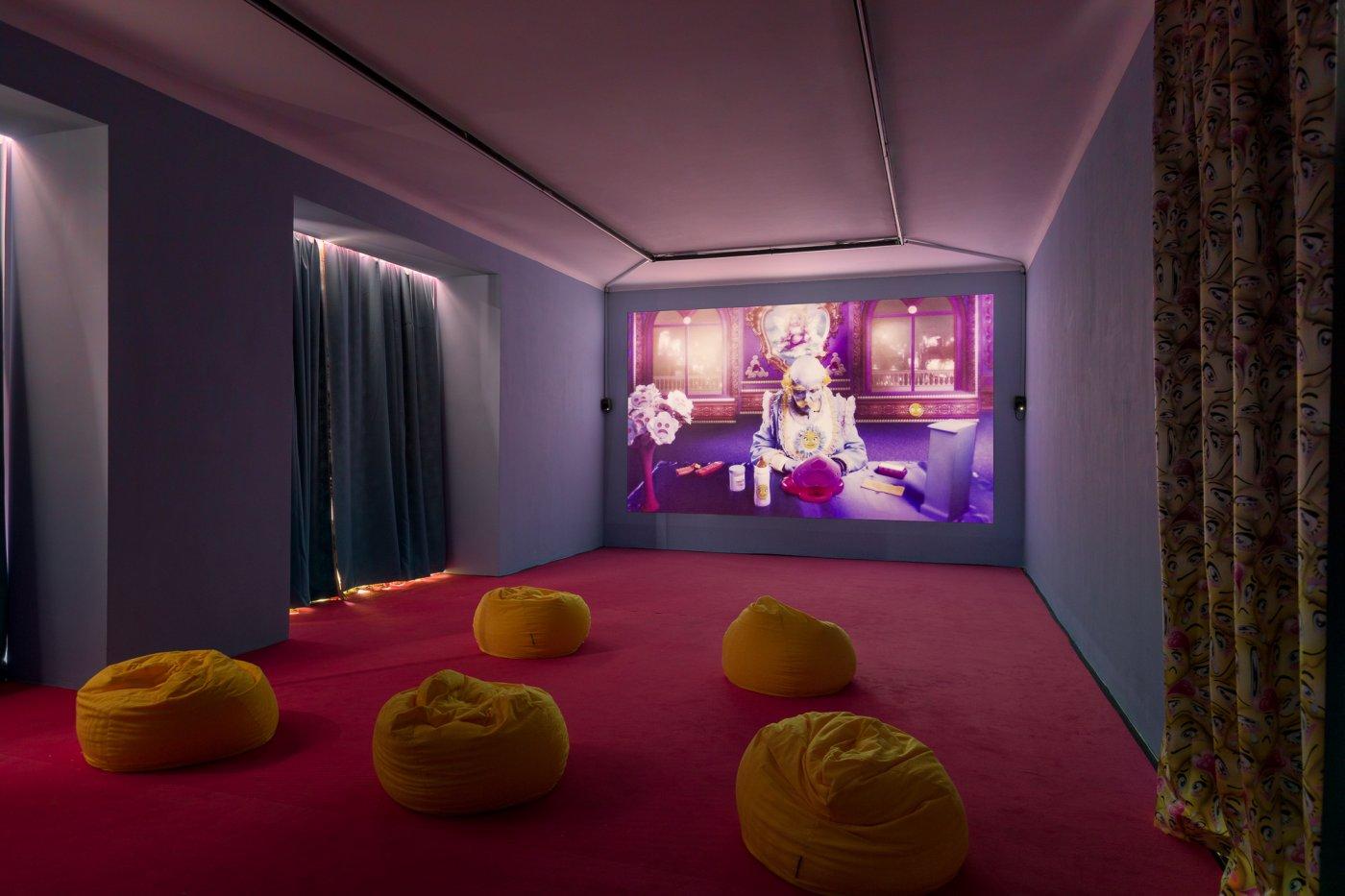 Galerie Kandlhofer Rachel Maclean new 7