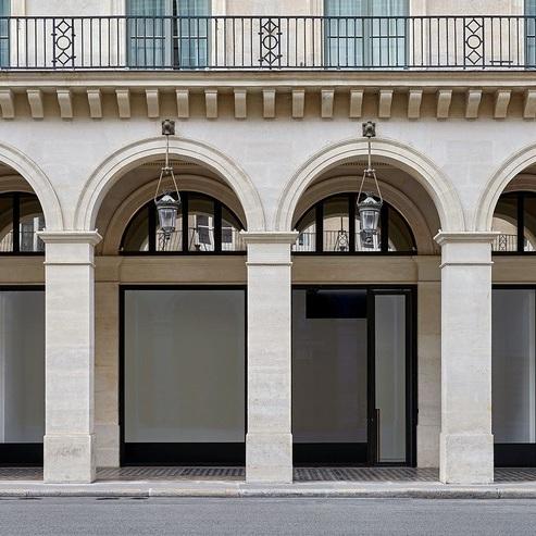"Calder: 1975 and ""Flying Dragon"" @Gagosian, rue de Castiglione, Paris  - GalleriesNow.net"